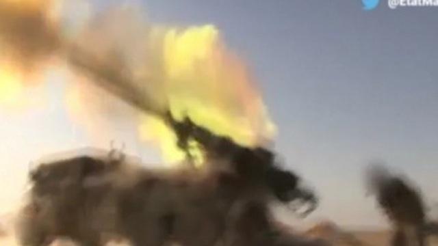 [VIDEO] Pháp nã hàng chục quả pháo tấn công IS ở Mosul