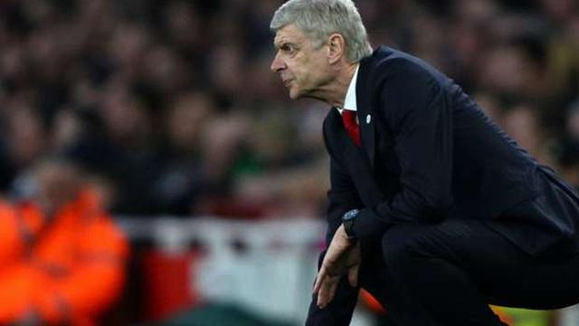 """Wenger sang Pháp, """"nhận"""" ngay hợp đồng 2 năm với PSG"""