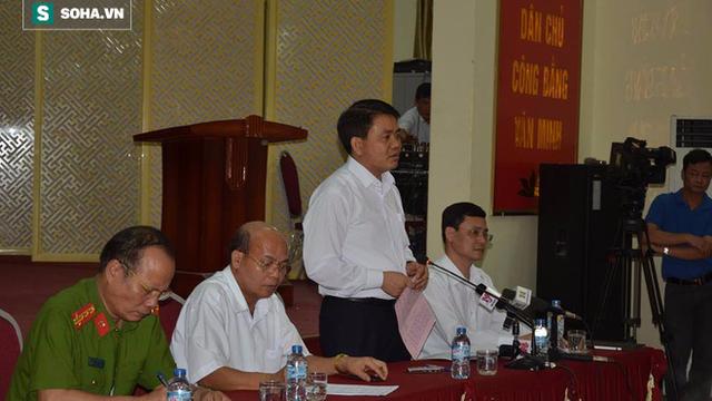 Thôn Hoành phát loa báo dân ổn định, chiều đón Chủ tịch Chung