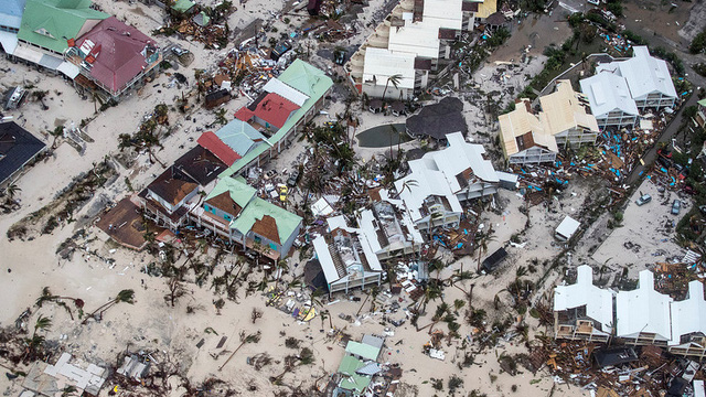 Sau bão Irma, nhiều đảo thiên đường ở Carribean thành bình địa nhung nhúc chuột bọ