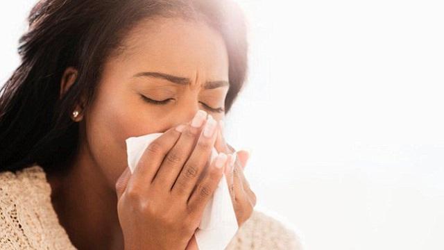 Những cơn ho mãn tính có thể là dấu hiệu cảnh báo 9 bệnh sau
