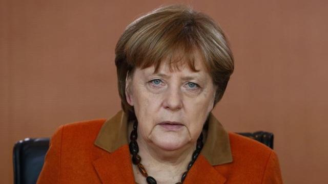 """Thủ tướng Merkel bất ngờ thăm Nga sau nhiều năm """"lạnh nhạt"""" với Putin"""