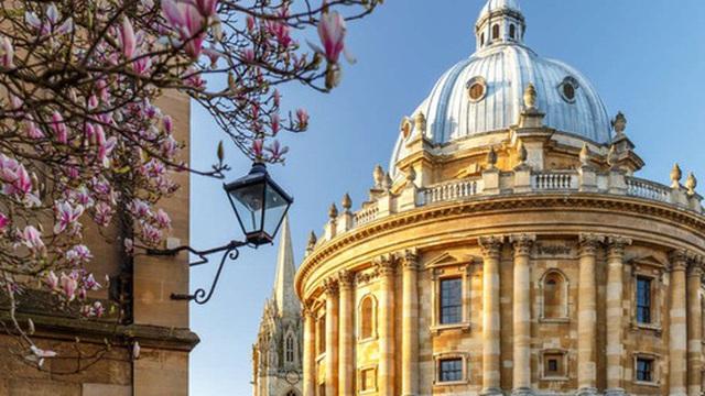 Đại học Oxford và bài phỏng vấn tuyển sinh khó khét tiếng trên thế giới. Bạn có muốn thử sức?