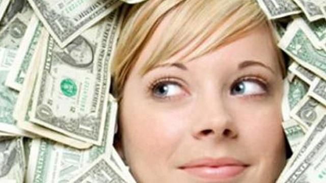 Nữ đại gia bí ẩn, thương vụ 400 tỷ đồng dậy sóng toàn thị trường