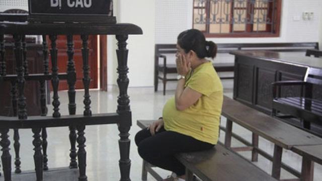 Phạm tội khi mang thai có được hoãn chấp hành hình phạt tù?