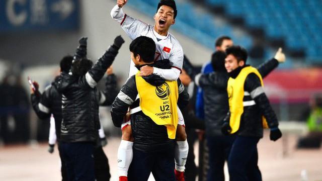 """Báo thân Real Madrid hào hứng với kỳ tích của """"những chiến binh màu đỏ"""""""