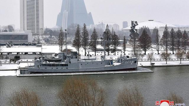 Bên trong chiến hạm Mỹ bị Triều Tiên bắt giữ