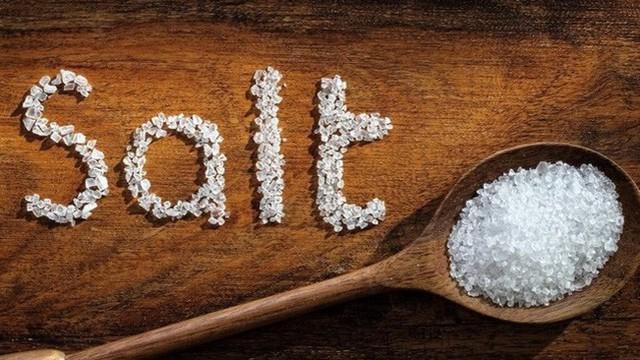 10 lợi ích sức khỏe của muối biển được khoa học chứng minh, không dùng hàng ngày thật phí!