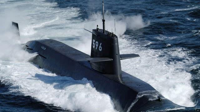 """Hé lộ cuộc cạnh tranh """"dưới mặt nước"""" giữa Nhật Bản - Trung Quốc"""