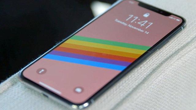 Hàng loạt smartphone cao cấp giảm giá mạnh ngay đầu tháng 10