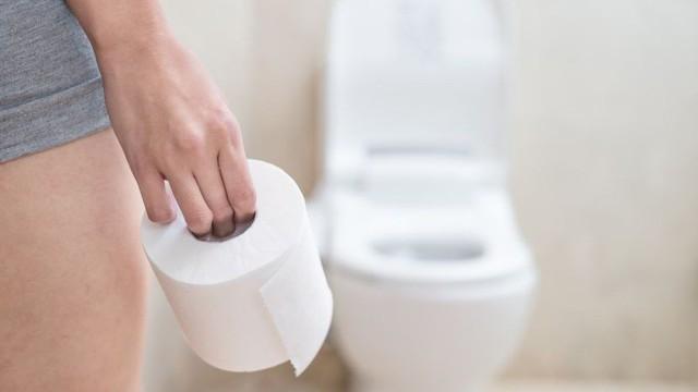 4 thói quen nhỏ có tác dụng lớn khi đi vệ sinh: Ai làm được có thể tránh nhiều bệnh tật