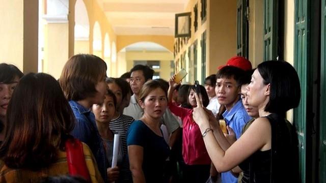 """Phụ huynh Trường Tiểu học Sơn Đồng được mời lên trường """"họp riêng"""" vì tố lạm thu"""
