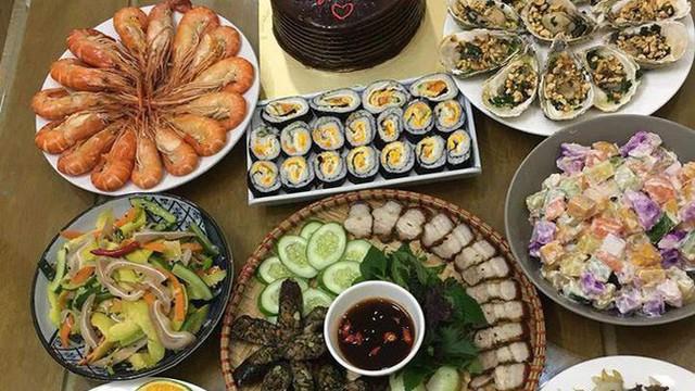 Dâu đảm mở tiệc mừng sinh nhật mẹ chồng, 8 món hải sản hoành tráng chỉ 440 nghìn, một mình làm 2 tiếng là xong