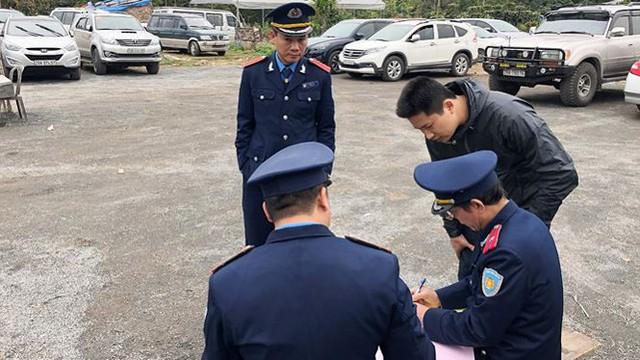 Giám đốc Sở GTVT Hà Nội nói gì về các bãi xe chặt chém?