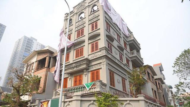 Biệt thự sai phép của gia đình ông Nguyễn Thanh Hóa giá không dưới 100 triệu đồng/m2