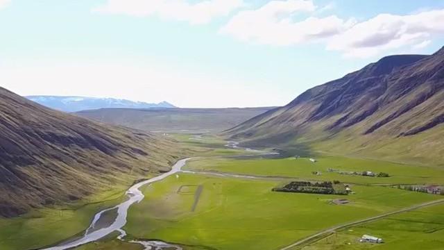 Lần đầu tiên trong vòng 1.000 năm qua, Iceland trồng thêm các cánh rừng mới