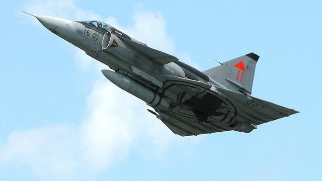 Saab 37 Viggen - Chiến binh mở đường cho dòng chiến cơ siêu cơ động