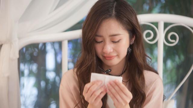 Jun Vũ khóc tiết lộ quá khứ vô danh, thiếu tiền thuê nhà