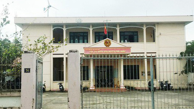 Thư ký tòa án ở Phú Quốc bị côn đồ đánh chấn thương sọ não