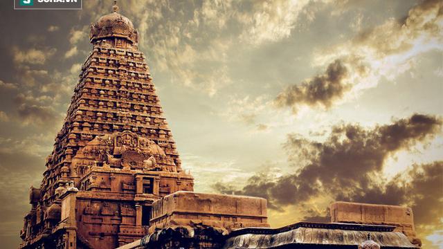 """Bí ẩn những ngôi đền """"vượt thời gian"""" ở Ấn Độ: Có cái giá trị tới 100 tỉ USD!"""