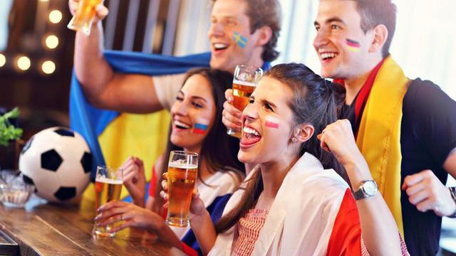 Những món ăn tốt hàng đầu đừng bỏ qua khi thức đêm xem World Cup: Bổ, không béo!