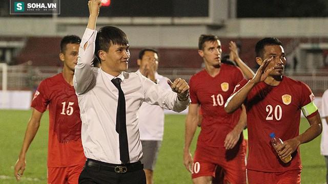 Đội trưởng CLB TP.HCM thừa nhận đồng đội bị tâm lý khi Công Vinh ra đi