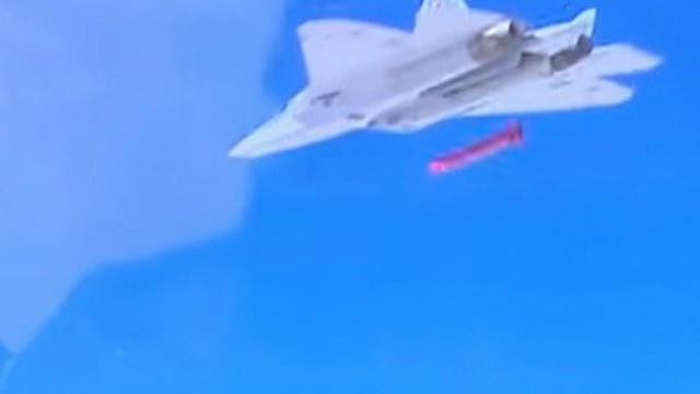 Tên lửa hành trình tiêm kích Su-57 Nga vừa bắn ở Syria: TQ mua ngay 1.000 quả?