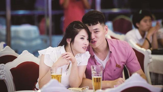 """Phóng viên Nhật Bản ngỡ ngàng: """"Triều Tiên ngày càng giàu có hơn, tràn ngập tình yêu và tiếng cười"""""""