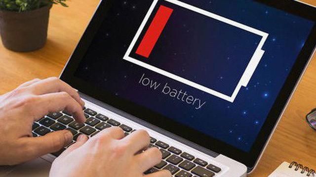 """Tại sao pin laptop không bao giờ kéo dài như quảng cáo mà chỉ """"mông lung như một trò đùa""""?"""