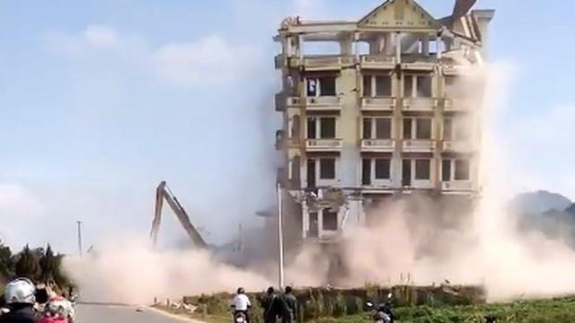 Phá hủy 'lâu đài ma túy' Tàng Keangnam, luật sư lên tiếng