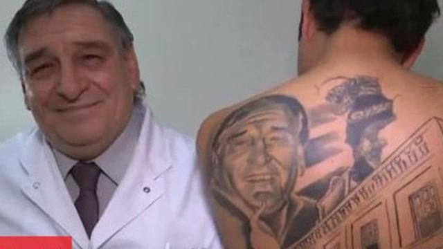 Được phẫu thuật ung thư thành công, bệnh nhân đã làm một việc đặc biệt để cảm ơn bác sĩ