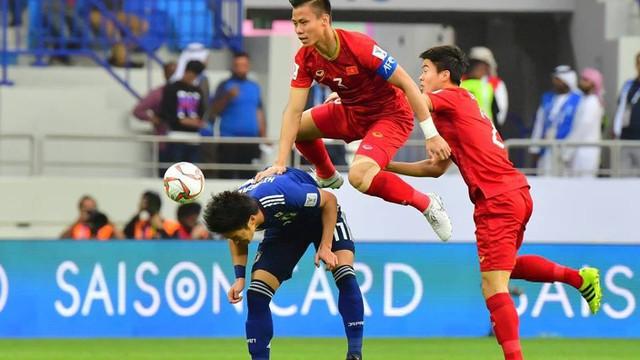 """Ủng hộ đội nhà nhưng nhiều CĐV Nhật Bản muốn cảm ơn Việt Nam: """"Các bạn chơi đẹp và hay quá"""""""