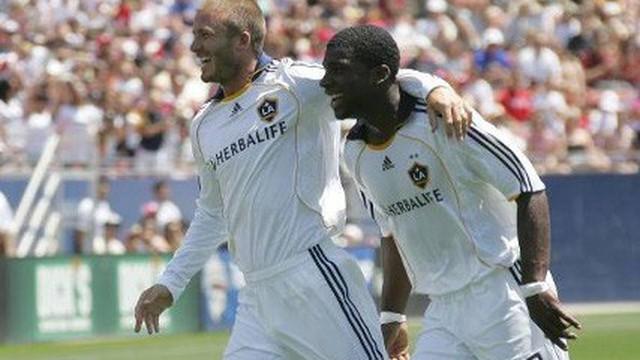 """Sau """"bom tấn"""" Bùi Tiến Dũng, Hà Nội FC chiêu mộ thêm đồng đội cũ của David Beckham"""