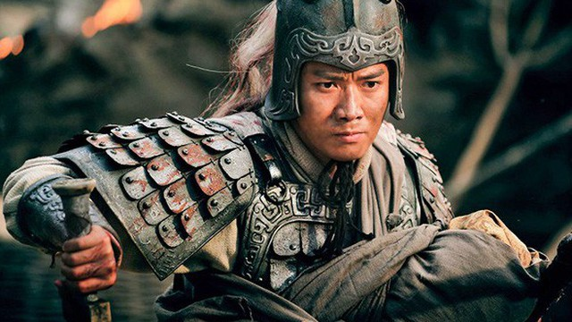 Vì sao Lưu Bị thà ủy thác con cho Khổng Minh, Lý Nghiêm chứ quyết không phải là Triệu Vân?