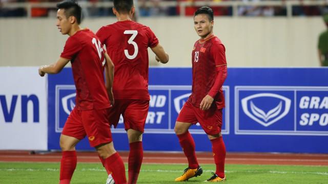 Việt Nam 1-0 Malaysia: Quang Hải ghi siêu phẩm giúp Việt Nam chiến thắng