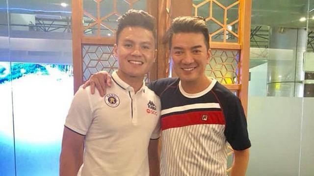 Mr Đàm muốn làm điều đặc biệt cho cả nhà Quang Hải sau bàn thắng tuyệt đẹp vào lưới Malaysia