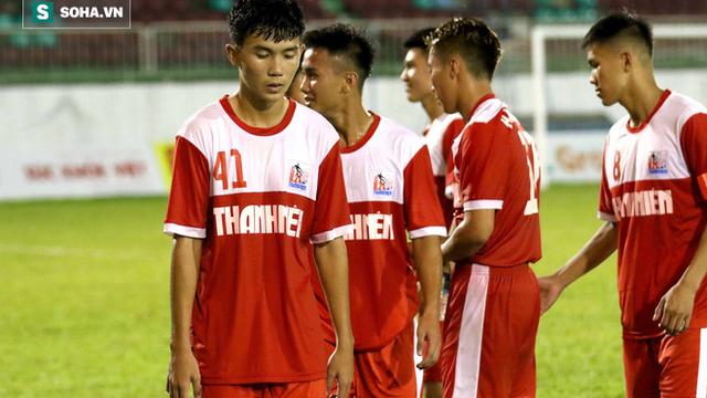 """HLV U21 HAGL: """"Trọng tài đã nặng tay khi rút thẻ đỏ cho học trò của tôi"""""""