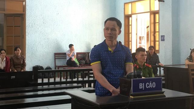 Thầy giáo hiếp dâm nữ sinh lớp 8 lĩnh án 8 năm 6 tháng tù