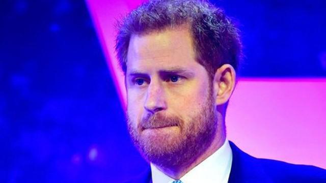 Hoàng tử Harry nghẹn ngào khi nhắc về khoảng thời gian vợ mang thai