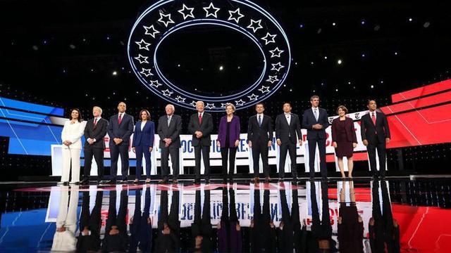 Mỹ: Đảng Dân chủ tạo mặt trận chung đòi điều tra luận tội Tổng thống Trump