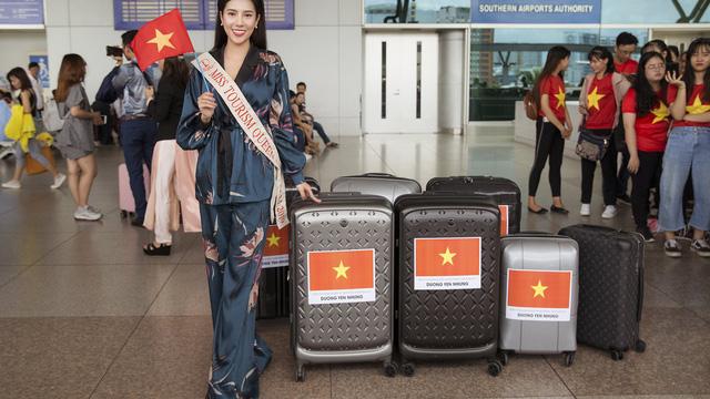 """Dương Yến Nhung mang 120kg hành lý dự thi """"Hoa hậu du lịch thế giới"""""""