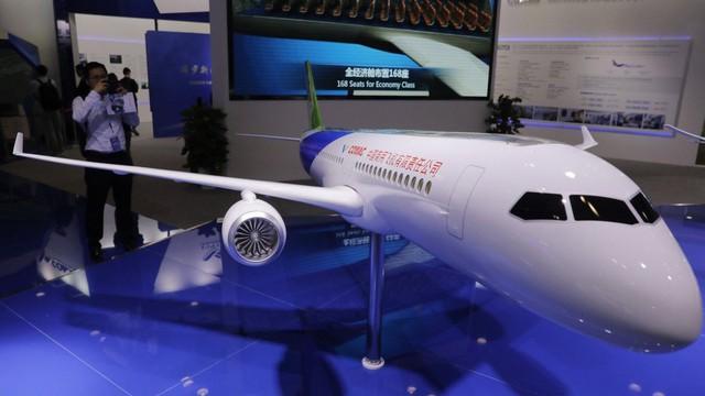 """Vướng nghi án đánh cắp công nghệ, nỗ lực cạnh tranh với Boeing, Airbus của máy bay """"made in China"""" gặp khó"""