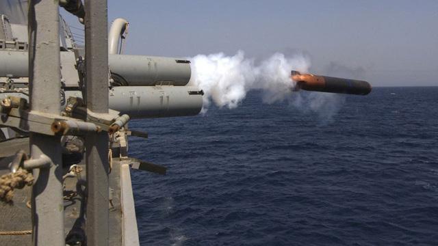 """""""So găng"""" ngư lôi chủ lực Nga - Mỹ: Một quả ngư lôi Nga đủ sức đánh chìm tàu sân bay Mỹ?"""