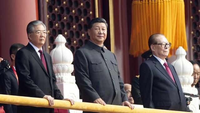 Lễ duyệt binh hoành tráng vừa hạ màn, báo đảng TQ đã dẫn lời ông Tập cảnh báo: Đề phòng hiểm họa nội bộ