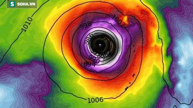 Mắt bão khổng lồ của siêu bão hoành hành Tây Bắc Thái Bình Dương: Có vào biển Đông không?