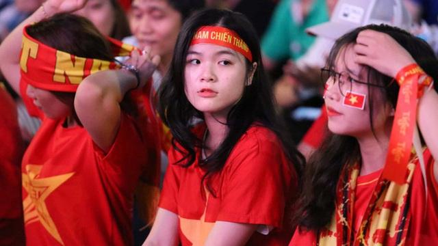 Hàng triệu cổ động viên tin tưởng chiến thắng của đội tuyển Việt Nam trước UAE