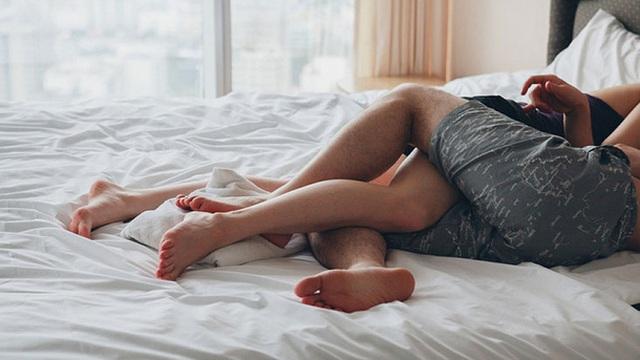 3 dấu hiệu tiết dịch âm đạo ngầm cảnh báo bệnh ung thư cổ tử cung mà nữ giới thường chủ quan bỏ qua
