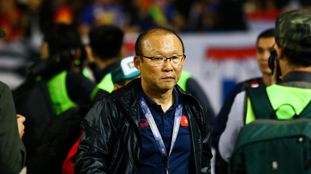 HLV Park Hang-seo: Cầu thủ Việt Nam bị ám ảnh và quá tải khi gặp Thái Lan