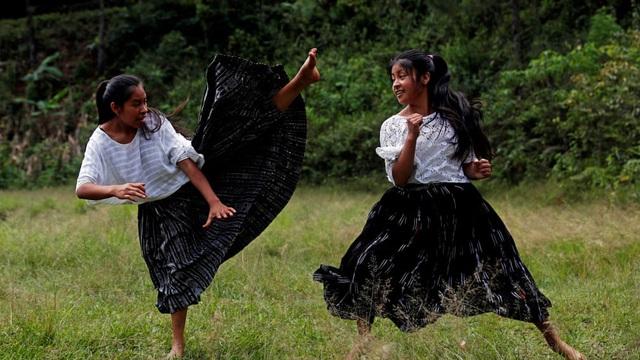 24h qua ảnh: Các bé gái luyện tập taekwondo để chống xâm hại tình dục