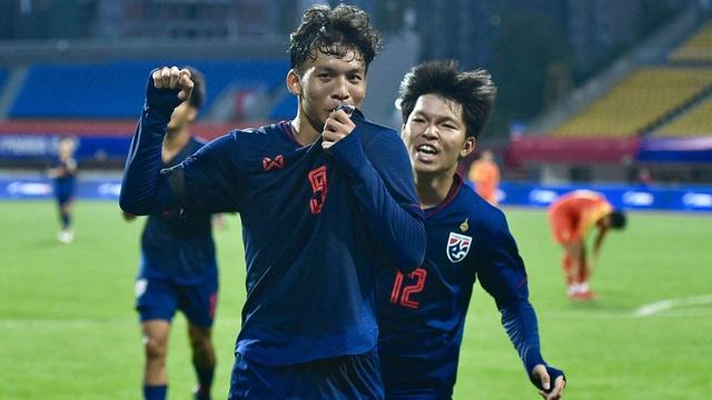 """Thái Lan dội """"mưa bom"""", hủy diệt đối thủ tới 21 bàn không gỡ ở vòng loại giải châu Á"""